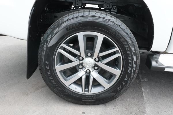 2014 Toyota HiLux KUN26R MY14 SR Utility Image 5