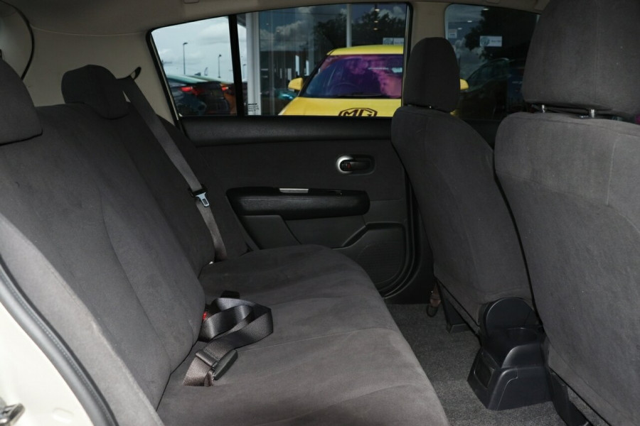 2011 Nissan Tiida C11 S3 ST Hatchback