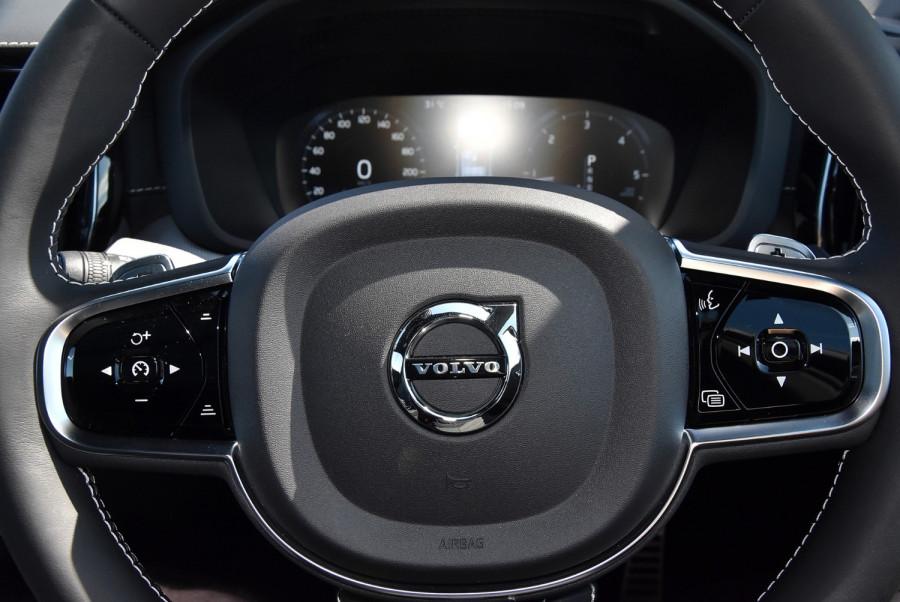 2020 Volvo XC60 UZ D5 R-Design Suv Image 13