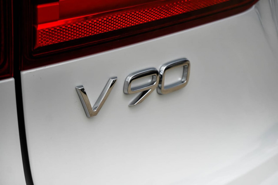2019 MY20 Volvo V90 Cross Country D5 Wagon Image 9