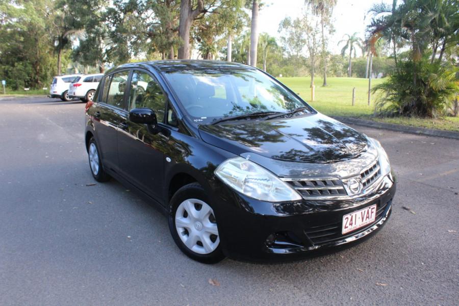 2011 Nissan Tiida C11 S3 ST Hatchback Image 2