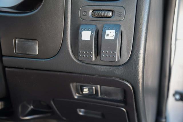 2009 Nissan Navara D22 MY09 ST-R Utility Image 10