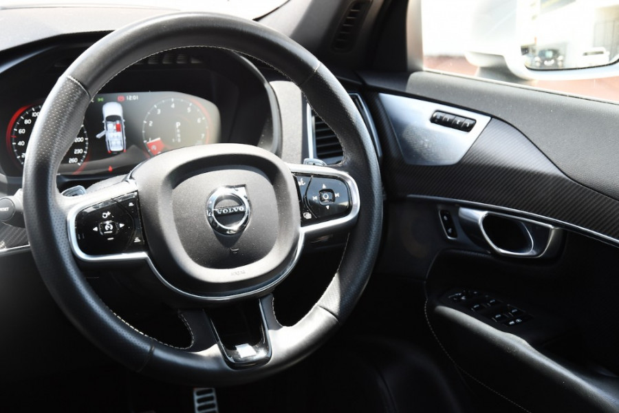 2017 Volvo XC90 Vehicle Description. L  MY17 T6 R-DESIGN WAG GEAR 8SP 2.0TSC T6 Suv Image 9