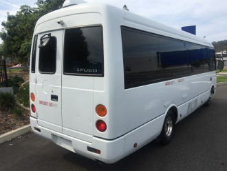 2015 Mitsubishi Rosa DELUXE Swb bus