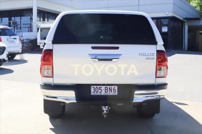2015 Toyota HiLux GUN126R SR5 Utility Image 4