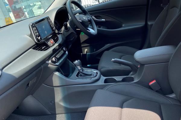 2019 Hyundai i30 PD2 Go Hatchback Image 3