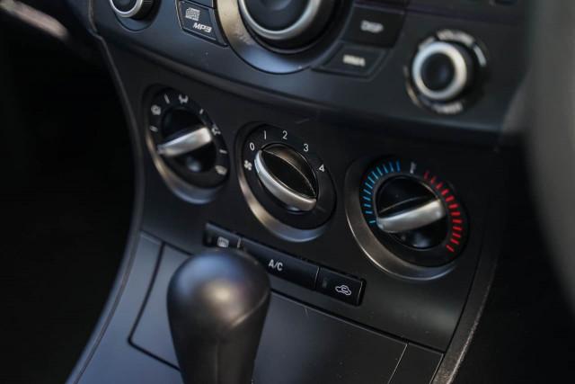 2012 Mazda 3 BL Series 2 MY13 Maxx Sport Hatchback Image 7