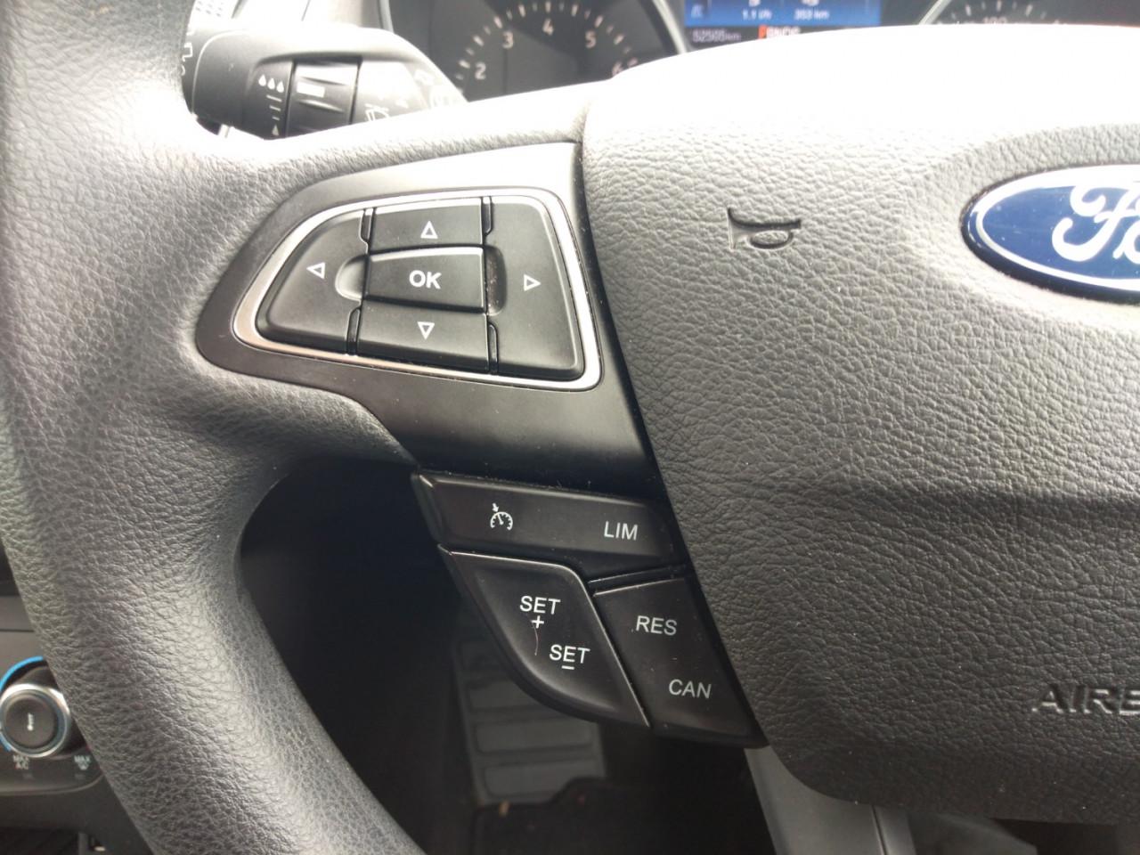 2017 Ford Focus LZ TREND Hatchback Image 15