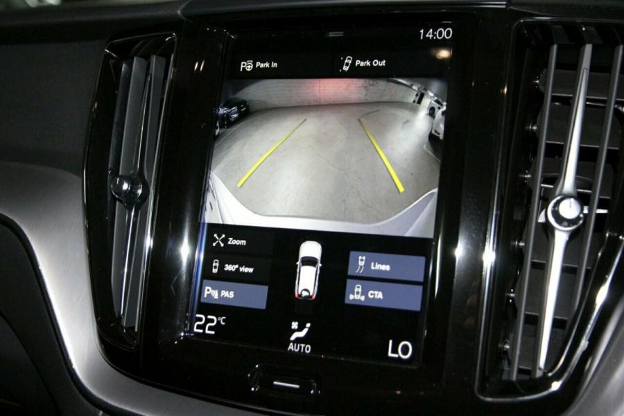 2019 MY20 Volvo XC60 UZ D4 Momentum Suv Mobile Image 12