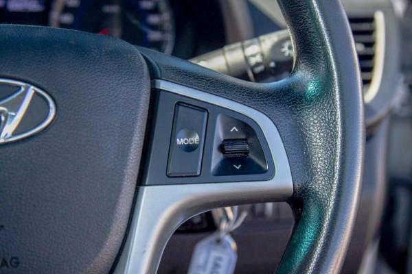 2013 Hyundai Accent RB2 Active Hatchback