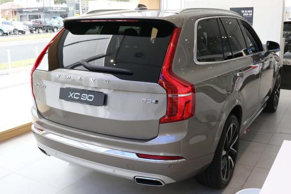 2020 Volvo XC90 L Series D5 Inscription Suv Image 5