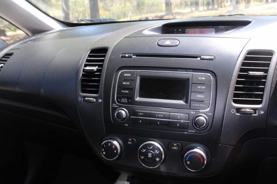 2015 Kia Cerato YD S Sedan Image 20