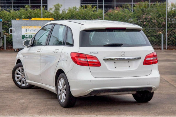 2012 Mercedes-Benz B180 246 BE Hatchback Image 2