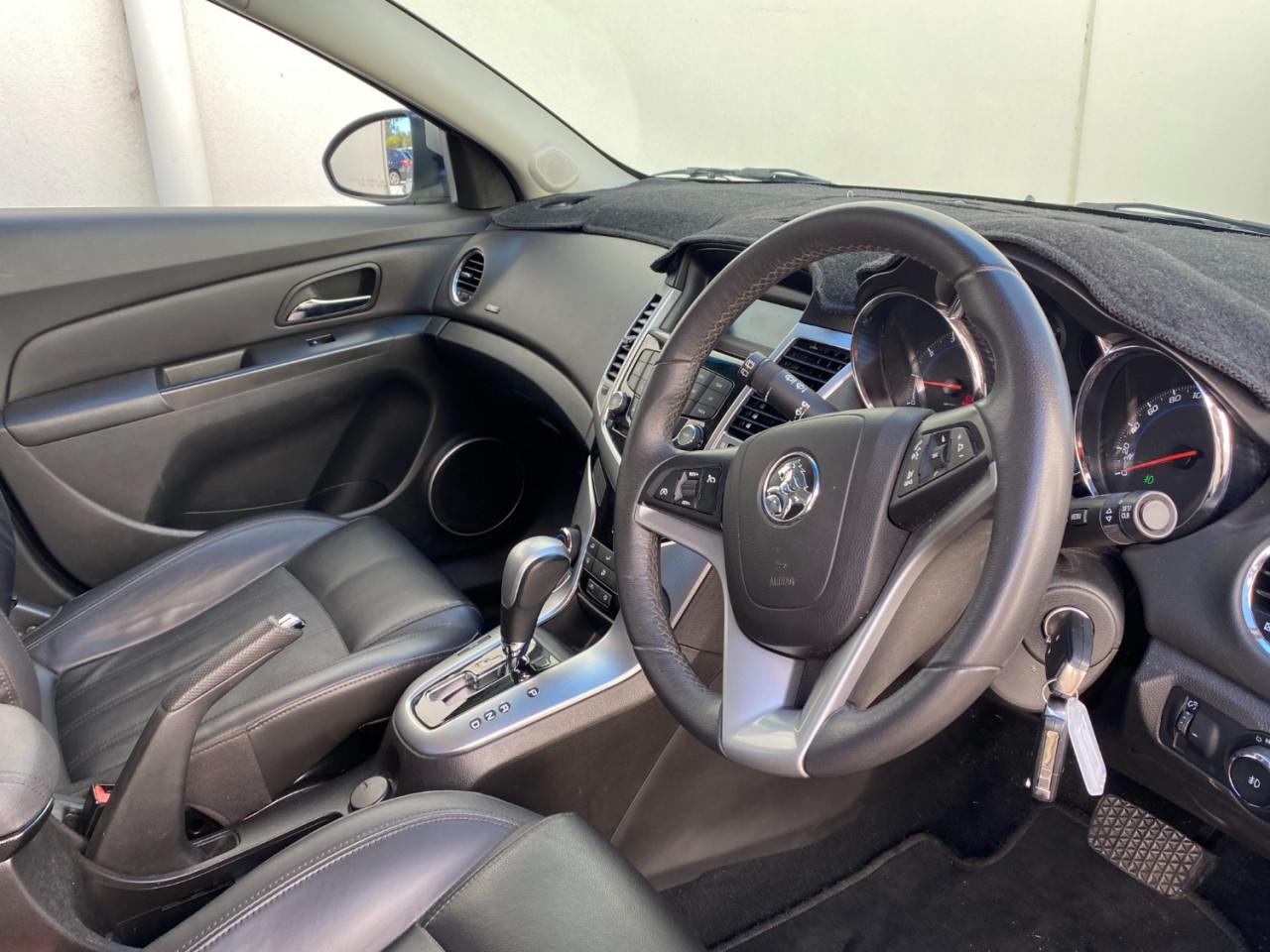 2012 Holden Cruze JH SERIES II MY12 CDX Hatchback Image 3