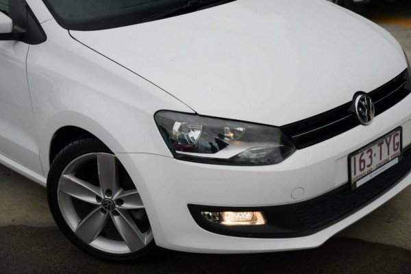 2013 MY13.5 Volkswagen Polo 6R MY13.5 77TSI DSG Comfortline Hatchback Image 2