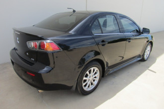 2010 MY11 Mitsubishi Lancer CJ MY11 VR Sedan Image 3