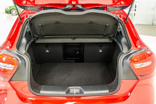 2017 MY08 Mercedes-Benz A-class W176  A200 d Hatchback Image 20