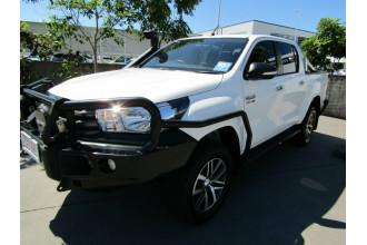 2015 Toyota Hilux GUN126R SR Double Cab Utility Image 3