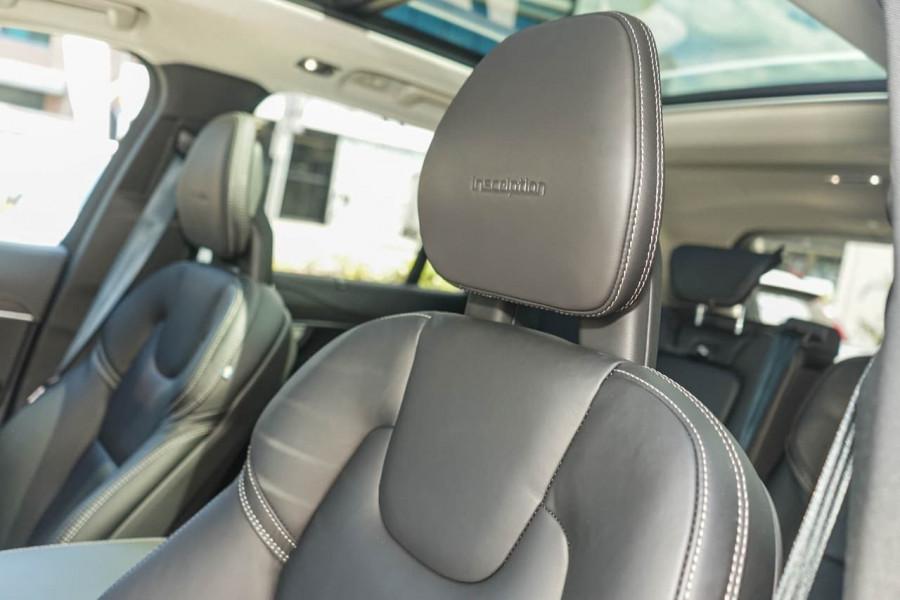 2019 Volvo XC90 L Series D5 Inscription Suv Mobile Image 7