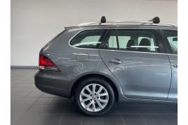 2011 Volkswagen Golf VI  118TSI Comfrtline WAG DSG 7sp 1.4T Wagon Image 4