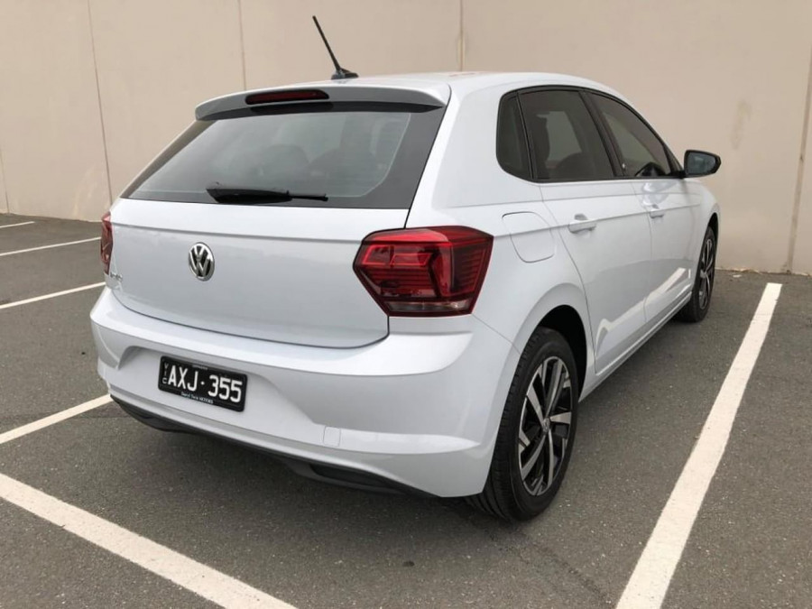 2018 Volkswagen Polo AW beats Hatchback