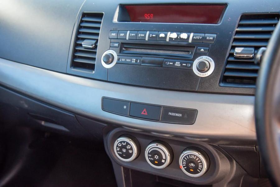 2009 Mitsubishi Lancer CJ MY10 VR Hatchback Image 9