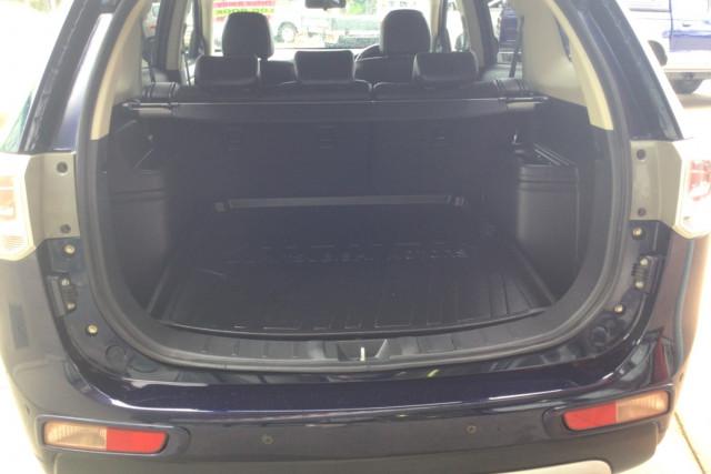 2014 MY14.5 Mitsubishi Outlander ZJ  LS Suv Image 5