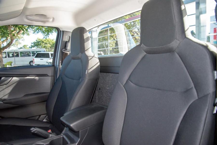 2020 MY21 Isuzu UTE D-MAX RG SX 4x2 Crew Cab Ute Cab chassis Image 8