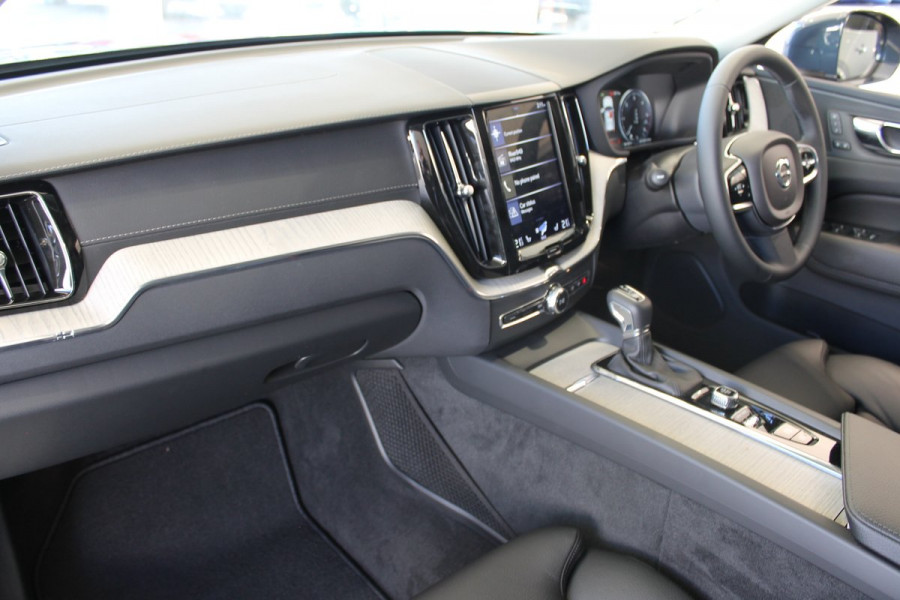 2019 Volvo XC60 UZ D4 Inscription Suv Mobile Image 24