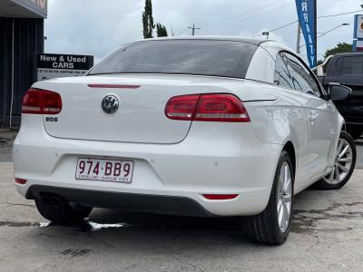 2011 Volkswagen Eos 1F MY11 155TSI Convertible Image 4
