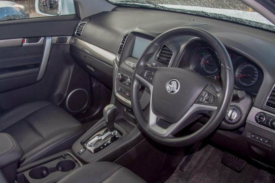 2017 Holden Captiva CG MY17 Active 7 Seater Suv Image 6