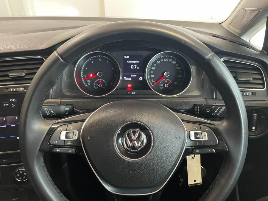 2017 MY18 Volkswagen Golf 7.5  110TSI Hatchback Image 11
