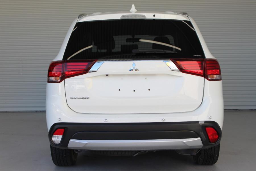 2017 Mitsubishi Outlander ZK MY17 LS Suv Image 6