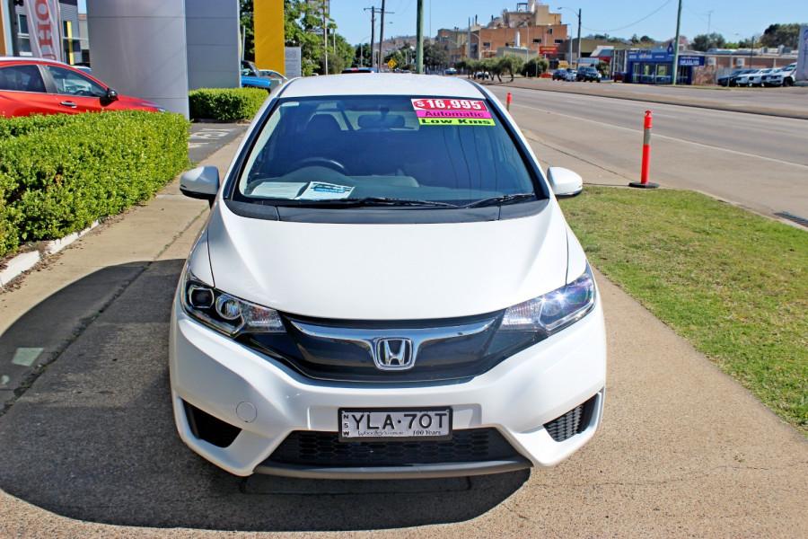 2014 Honda Jazz GE  Vibe-S Hatchback