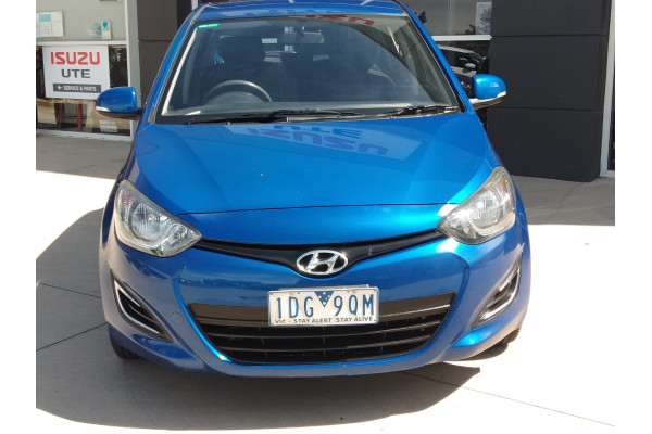 2013 Hyundai I20 Image 3