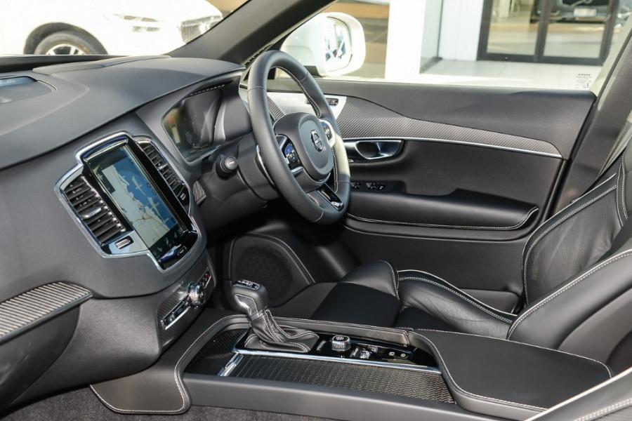 2018 Volvo XC90 L Series D5 R-Design Suv Mobile Image 8