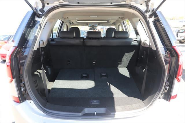 2020 MY19 Mahindra XUV500 W6 FWD Suv Image 4