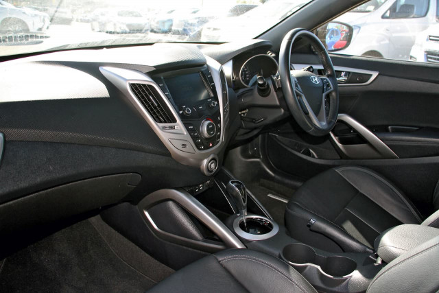 2016 Hyundai Veloster FS5 Series II Hatchback Image 8
