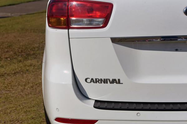 2017 Kia Carnival YP Si Wagon