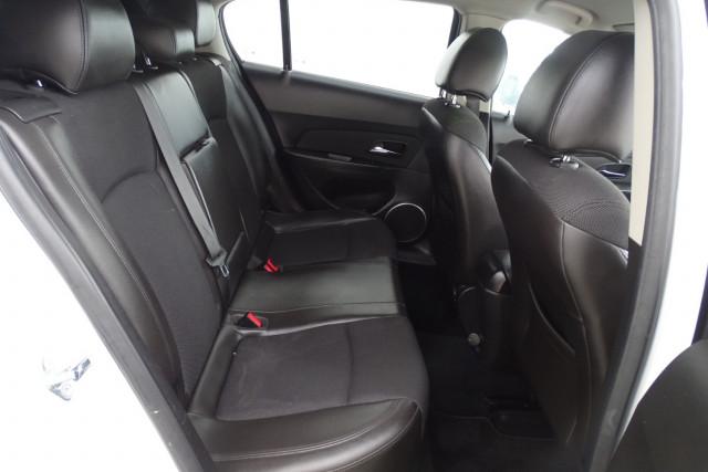 2012 Holden Cruze SRi 19 of 22