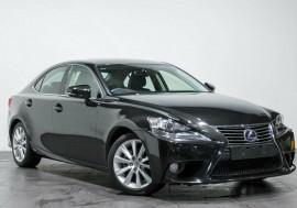 Lexus IS300H Luxury AVE30R