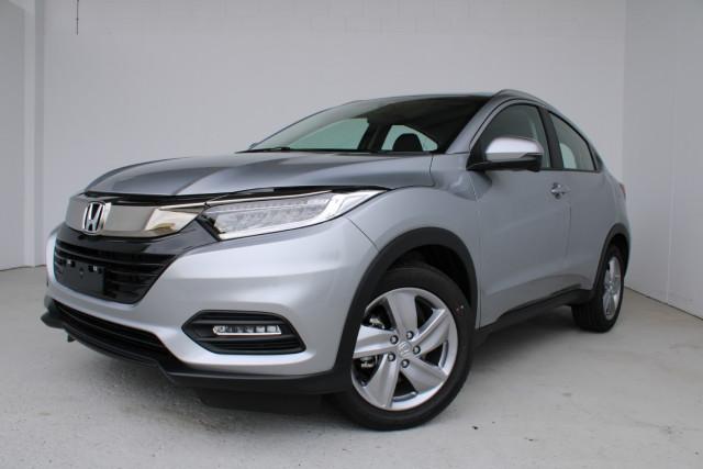 2021 Honda HR-V VTi-S Suv Image 3