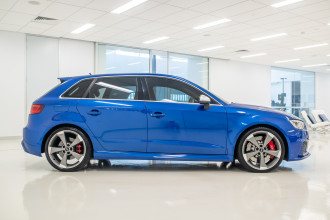 2016 Audi Rs3 Hatchback Image 3