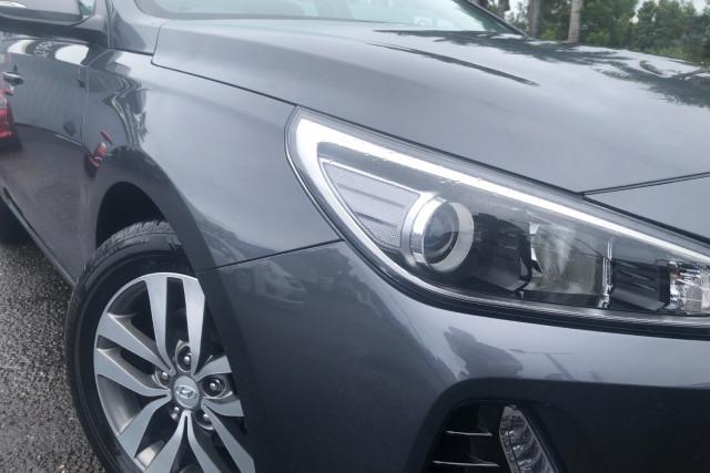 2017 Hyundai I30 Hatchback Image 2