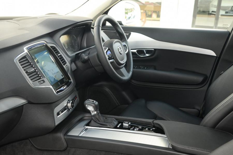 2018 MY19 Volvo XC90 L Series T6 Momentum Suv Image 8