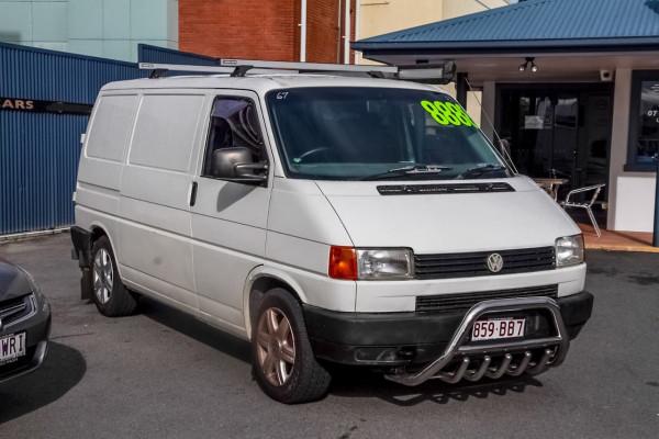 1995 Volkswagen Transporter T4 Van Image 3