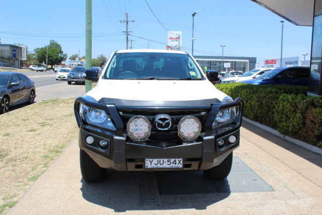 2019 Mazda BT-50 UR 4x4 3.2L Dual Cab Pickup Boss Cab chassis Mobile Image 4