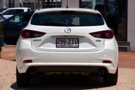 2016 Mazda 3 BM5438 SP25 Hatchback Image 4
