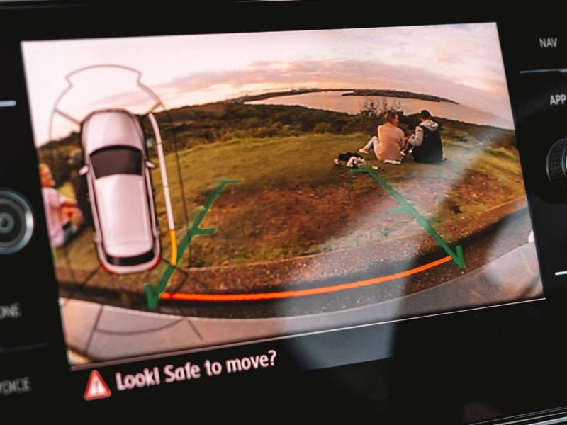 Keep an eye on everything Park Assist Image