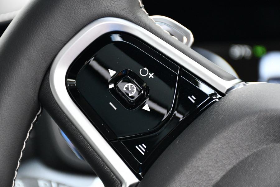 2019 MY20 Volvo S60 Z Series T8 R-Design Sedan Image 11